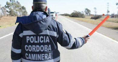 Detuvieron a dos hombres tras intentar coimear a efectivos de la Policía Caminera