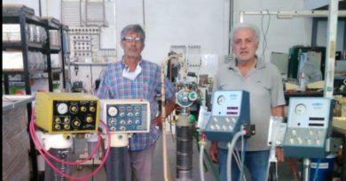Un riocuartense pone en marcha solidariamente a respiradores artificiales que ya no funcionaban